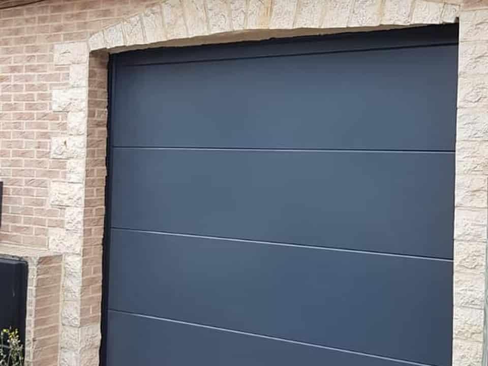 Pose de porte de garage à Douai